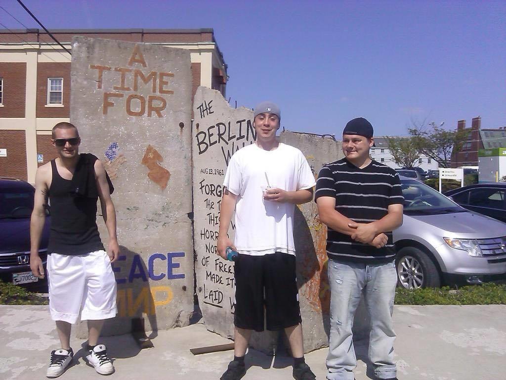 Berlin Wall - Slabs - Peace